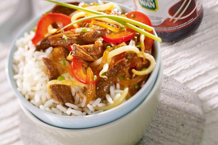 Bœuf et légumes sautés au soja