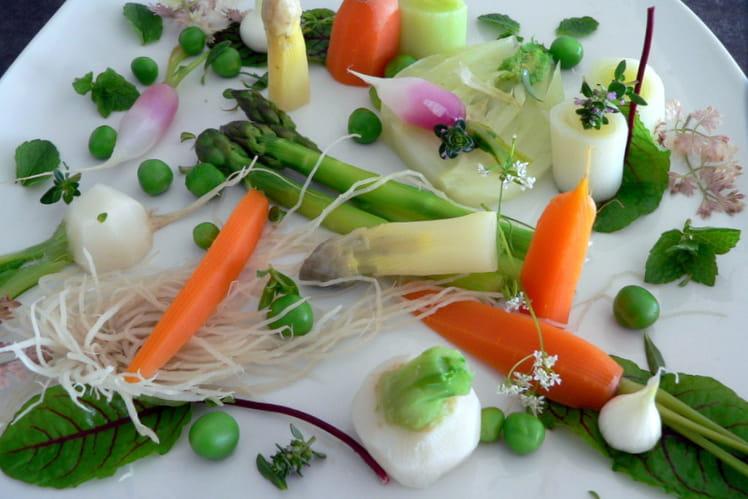 Légumes d'été croquants, sauce mousseline