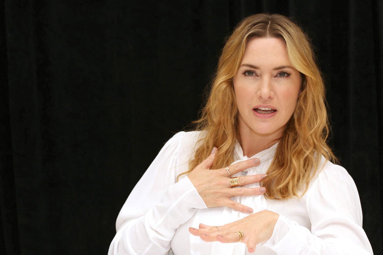 """Kate Winsletassume rondeurs, rides (et mari """"super sexy"""")"""