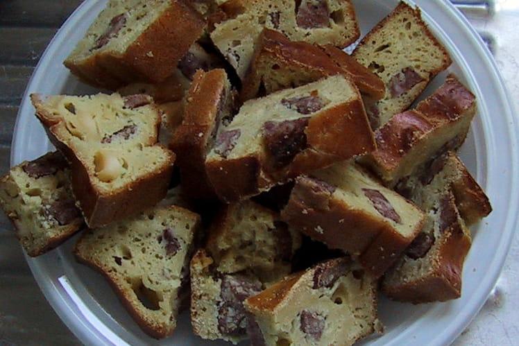 Mini cakes saucisson-noix