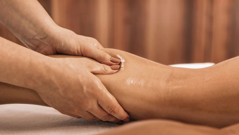 Lymphœdème (bras, jambes, pied): symptômes et traitements