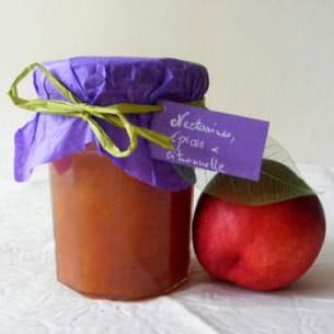 confiture de nectarine, épices et citronnelle
