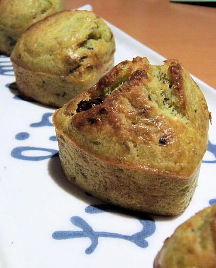 Recette de muffins pesto et tomates s ch es la recette facile - Cuisiner les tomates sechees ...