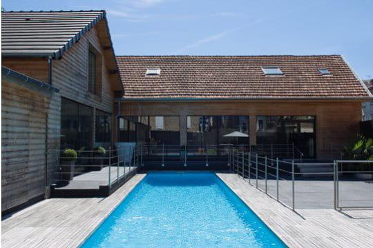 piscines familiales de moins de 25 000 troph e bronze