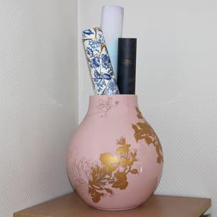 vase par hella jongerius pour ikea