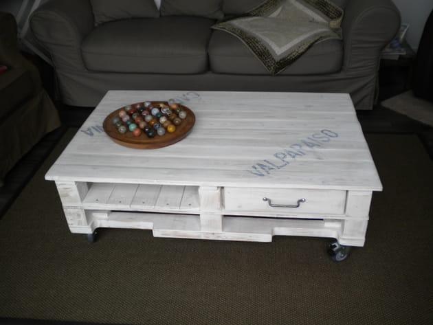 Table basse à roulettes en palette