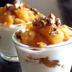 verrines aux pommes épicées et noix caramélisées