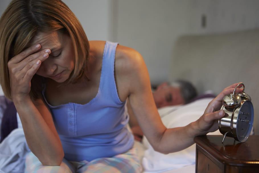 Tête qui tourne le matin au réveil: les causes