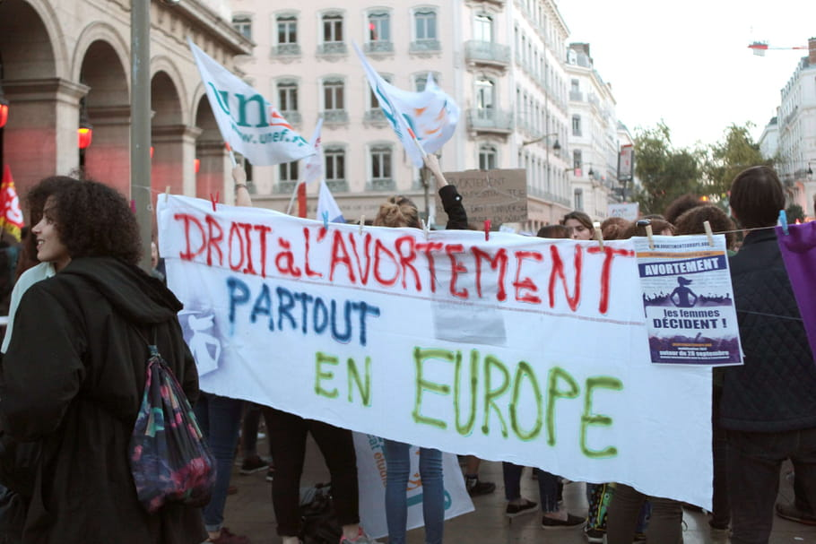 En Europe, le droit à l'avortement régresse