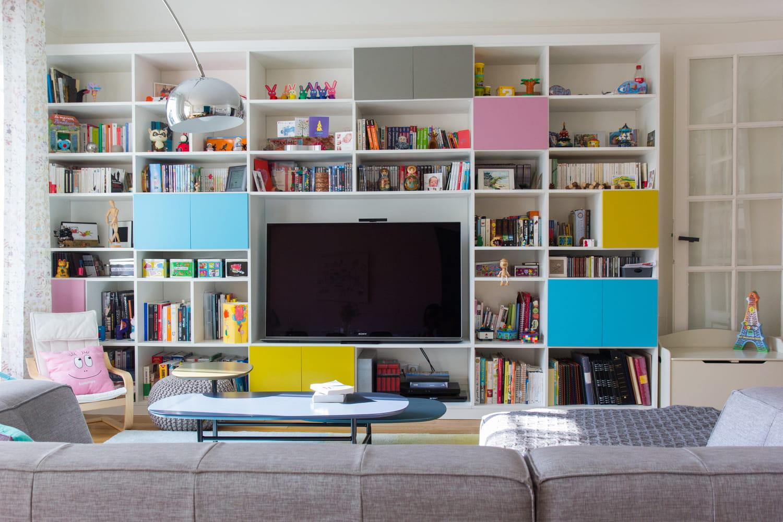 5façons de décorer autour de la télé
