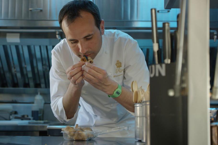 François Perret, le chef pâtissier des grands palaces parisiens