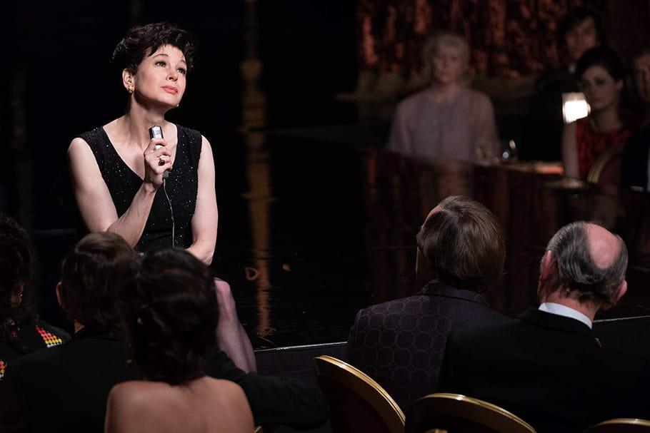 Renée Zellweger convaincante en Garland ? Les critiques du film — Judy