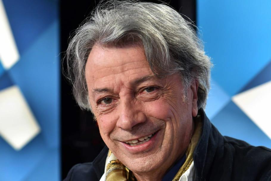 Hervé Vilard: viols, drames, mais surtout amours et succès... ses secrets