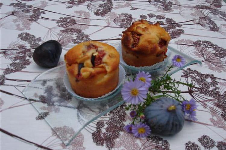 Muffins aux pommes, figues et citron