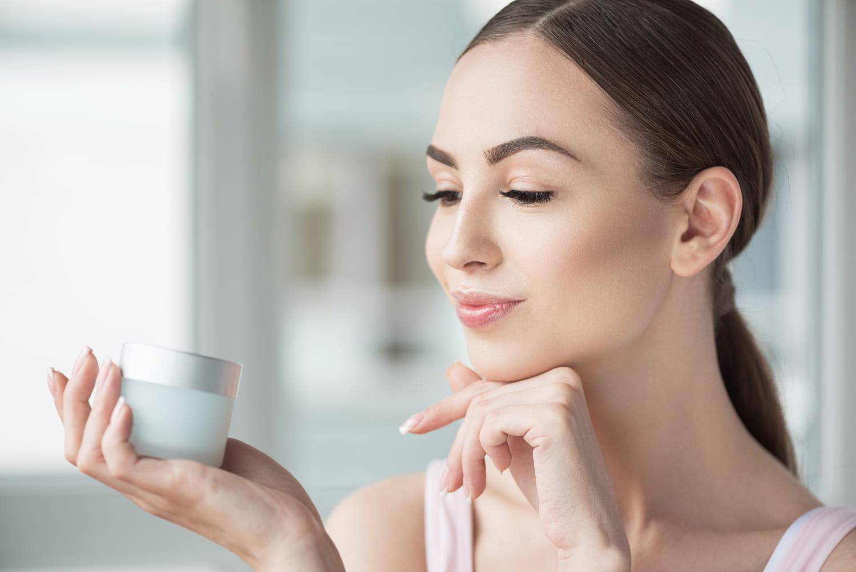 Crème anti-rides: comment choisir la meilleure pour son type de peau?