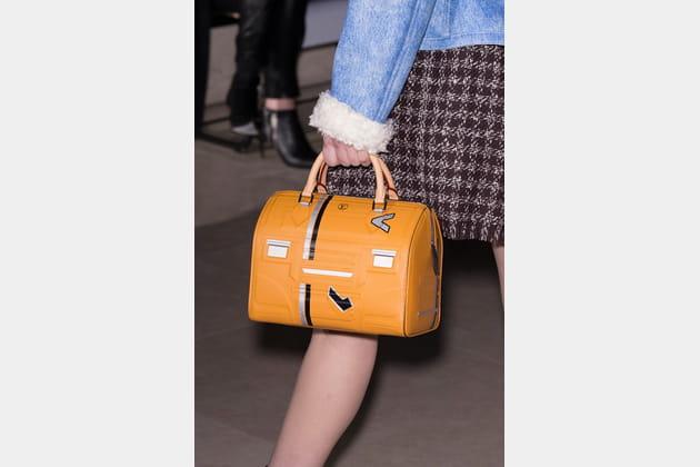Louis Vuitton (Close Up) - photo 24