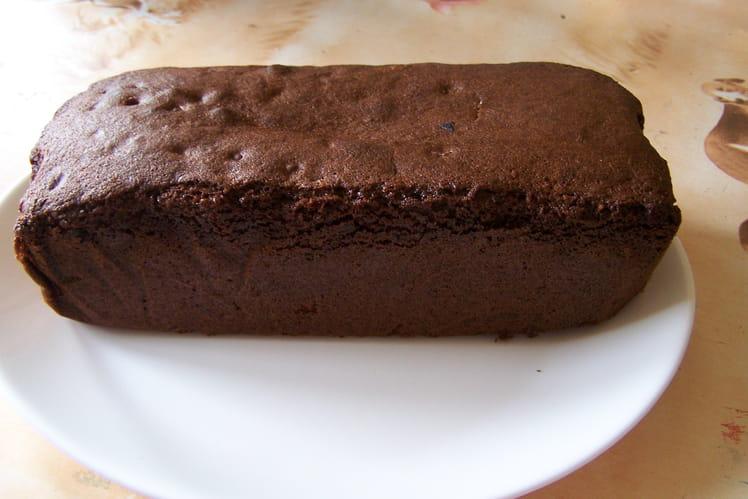 Gâteau aux pépites de chocolat et noix de coco