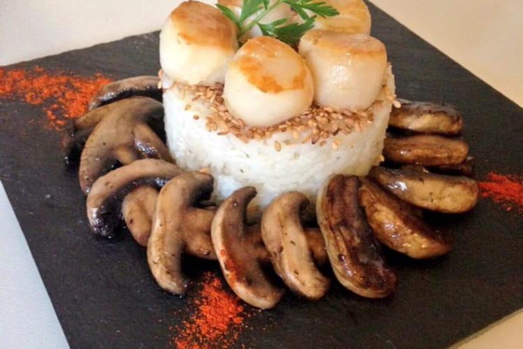Saint-Jacques poêlées, champignons frais et riz basmati