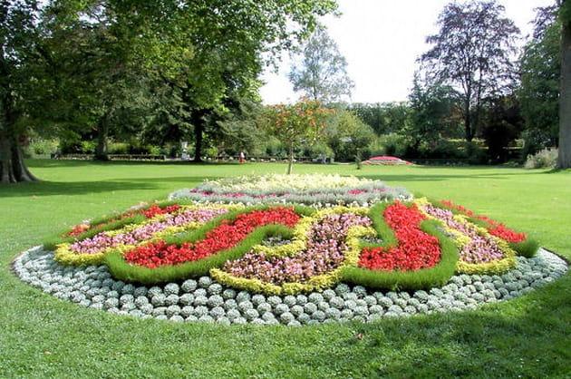 Jardins de versailles for Entretien jardin versailles