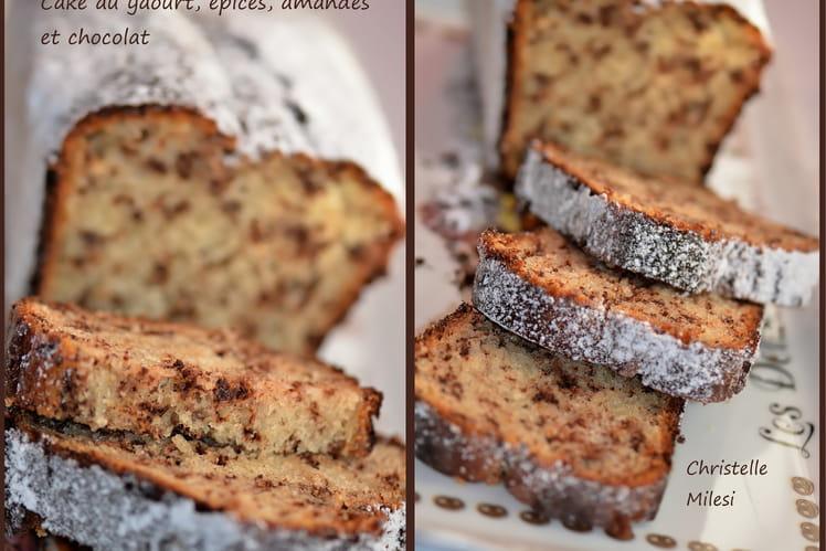 Cake au yaourt, épices, amandes et chocolat