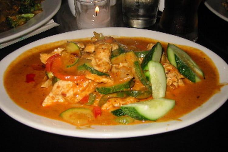Curry de poulet aux courgettes