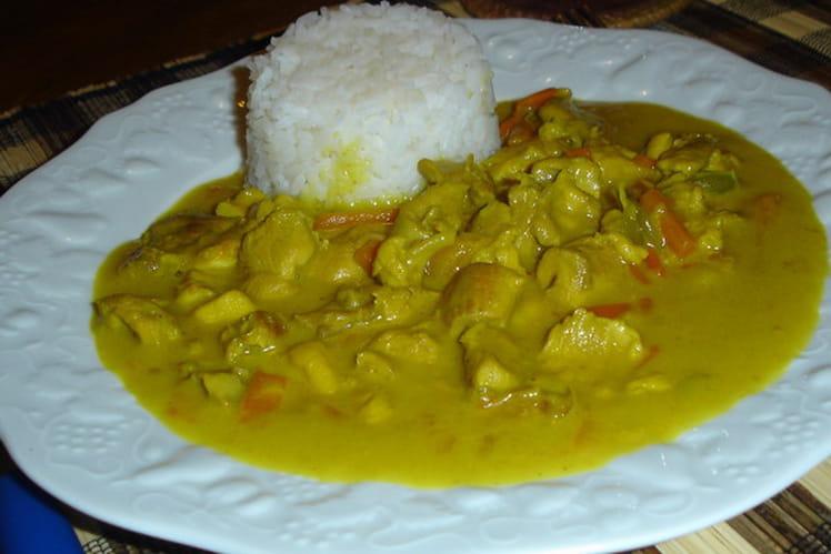 Curry de poulet à la noix de coco