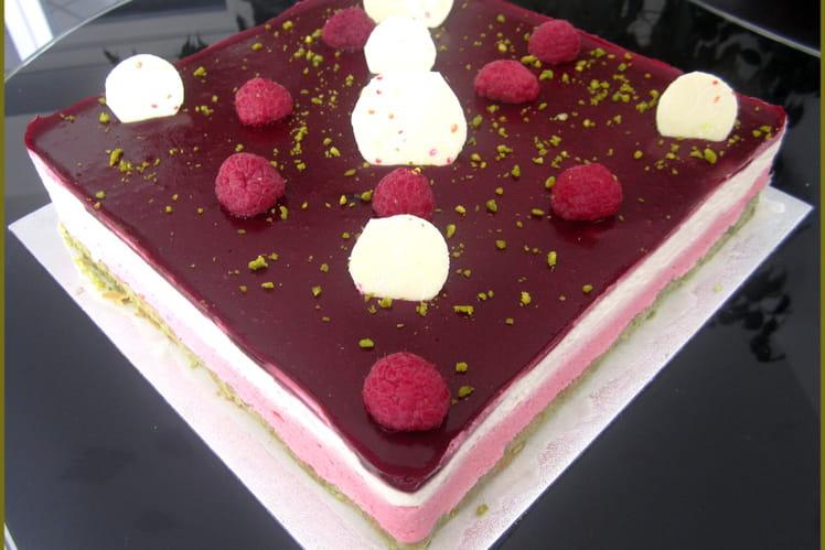 Bavarois framboise chocolat blanc pistache