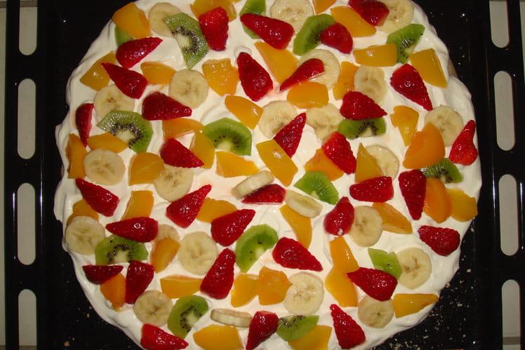 Pavlova légère aux fruits