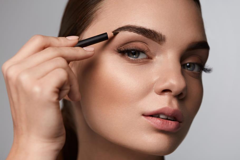 Maquillage sourcils: nos astuces pour bien maquiller ses sourcils