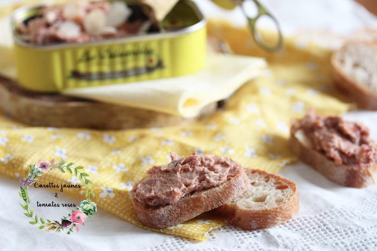 Rillettes de sardine, tomates séchées et amandes