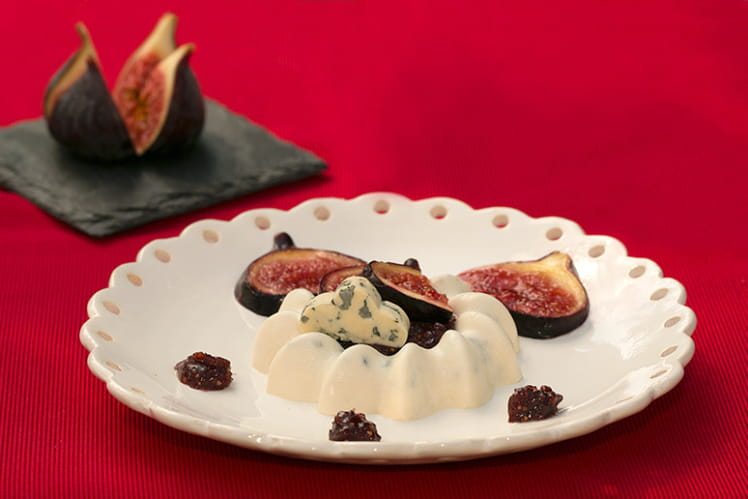 Panna cotta à la Fourme d'Ambert, figues rôties