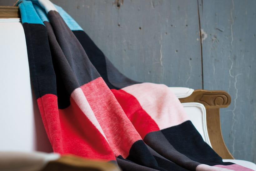 chaud devant les plaids sont l. Black Bedroom Furniture Sets. Home Design Ideas