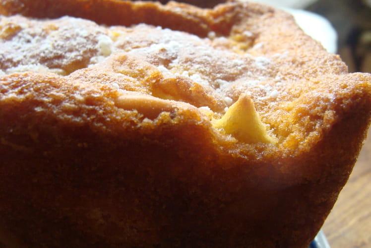 Cake d'automne aux pommes et fruits secs