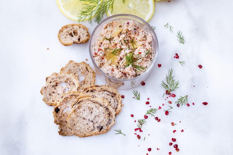 Rillettes de saumon et légumes croquants et décors au Companion