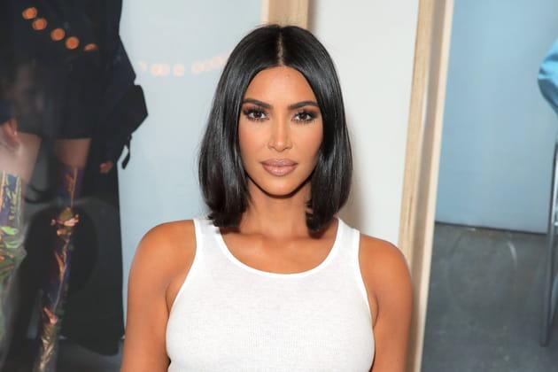 Top: Kim Kardashian et son carré lissé