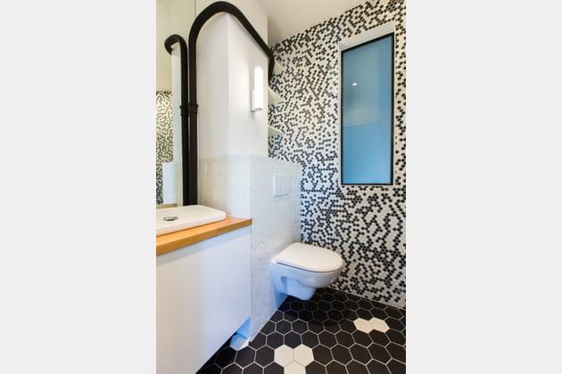 Toilettes carrelées