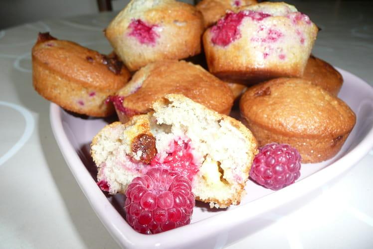 Muffins aux framboises et chocolat blanc