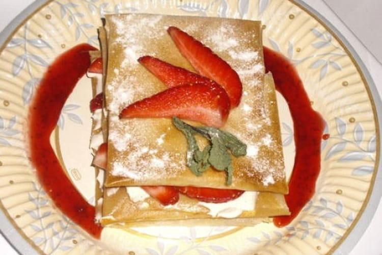 Croustillants aux fraises et crème vanillée
