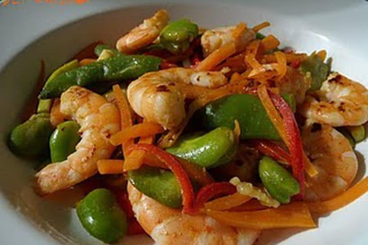 Crevettes sautées au paprika et légumes printaniers