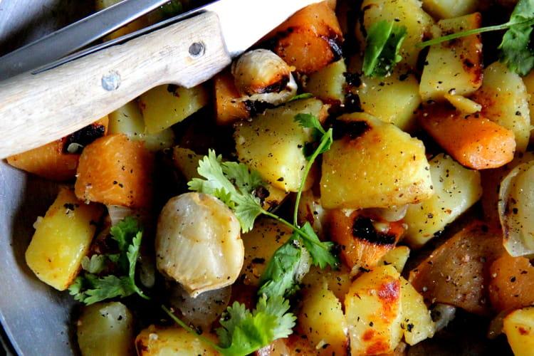 Sauté de patates, patates douces et ail en chemise