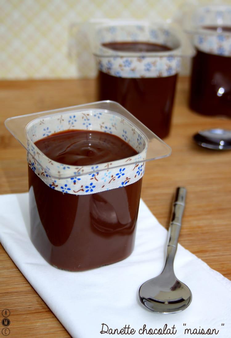 Recette de danette au chocolat la recette facile - Creme au chocolat maison ...