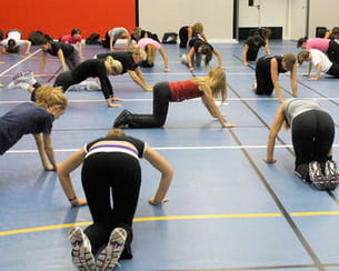 il ne s'agit pas ici d'une prière mais bien d'exercices de musculation !