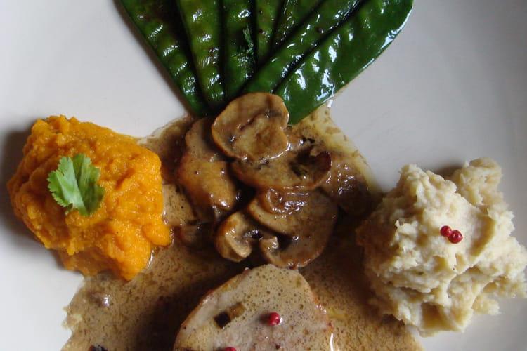 Grenadins de veau sauce cognac, purées de panais et de carottes