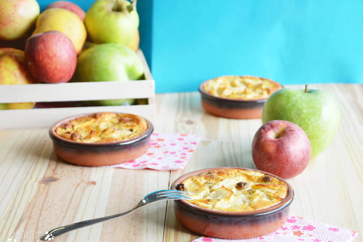 Gâteau léger aux pommes et à la vanille