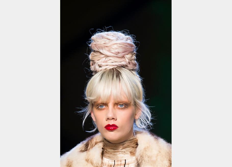 Jean Paul Gaultier (Close Up) - photo 7