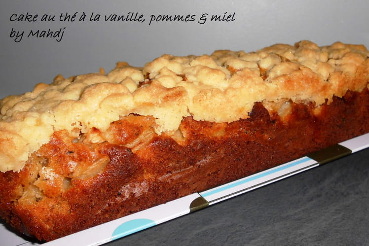 Cake au thé à la vanille, pommes et miel