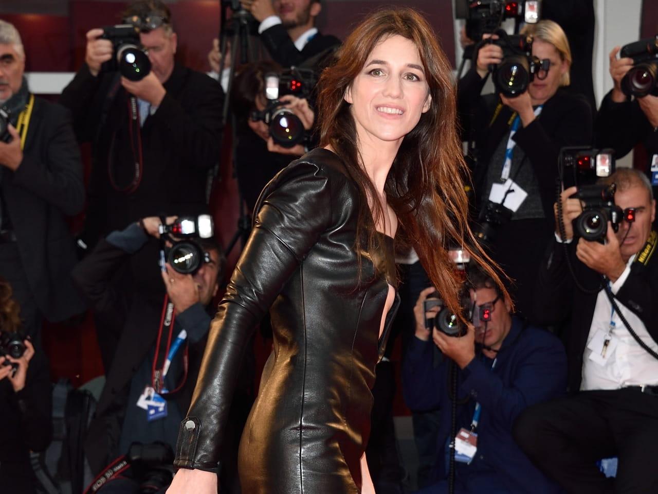 La Charlotte GainsbourgL'excellence Mode À Française m8w0Nn