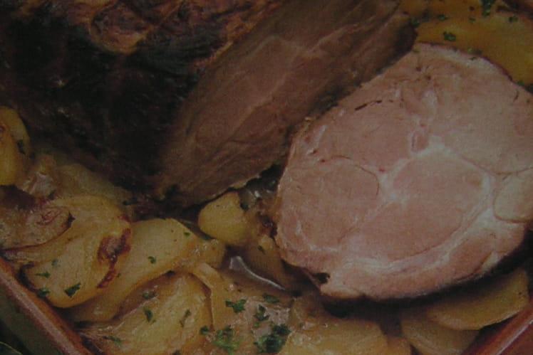 Rôti de porc aux pommes boulangères