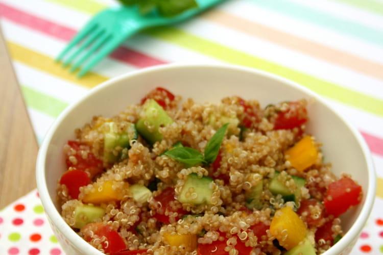 Taboulé de quinoa, concombre, poivron et tomates