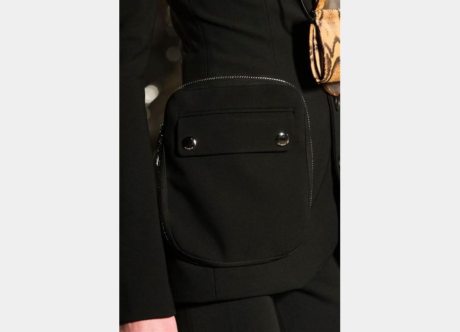 Givenchy (Close Up) - photo 19